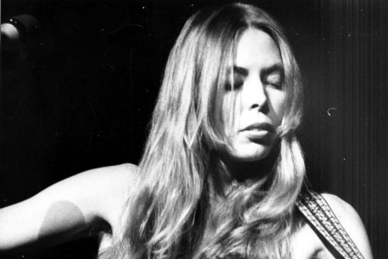 joni_mitchell_in_1974.jpg.size.xxlarge.promo